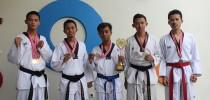 Atlet Taekwondo Prodi Manajemen FE UAD Meraih Medali Emas, Perak dan Perungg