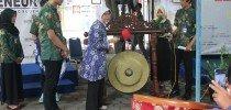 """Opening Economic Fair """"Gayeng, Guyub, Gumregah, Gumelaring Fakultas Ekonomi"""""""