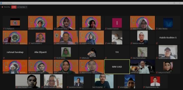 Gelar webinar Optimis Businees Digital sebagai Pandangan Baru